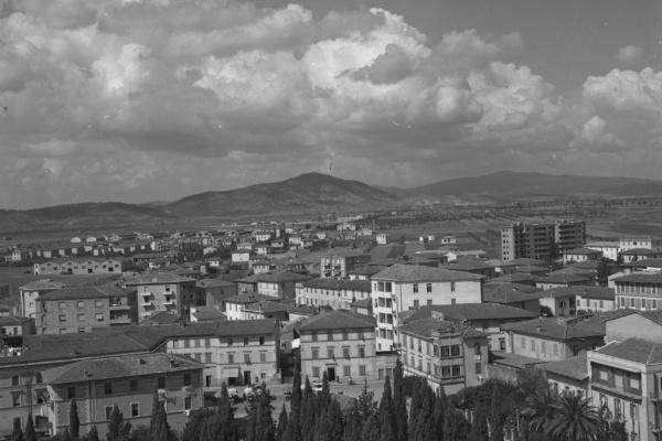 Grosseto vista dalla torre della Finanza, 1953 (©AfG)
